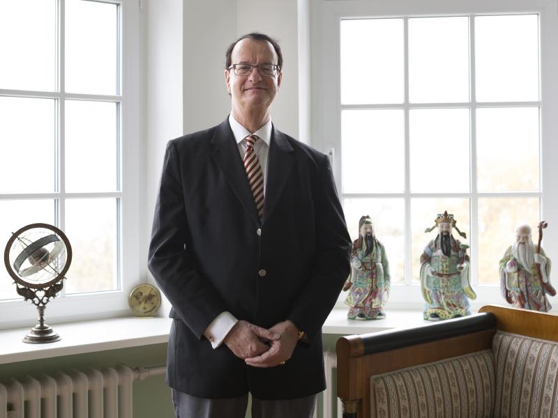 Dr. Karl Waldkirch